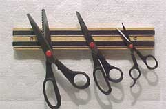 12 in. Magnetic Scissor Rack